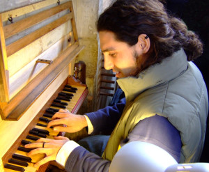 L. Ticli all'organo di GirolamoCavazzoni